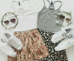 best friends, bff, and outfits image