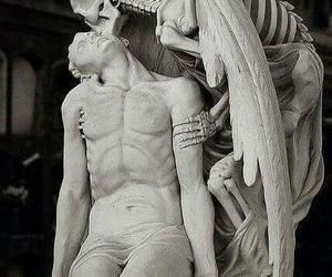 sculpture, death, and kiss image