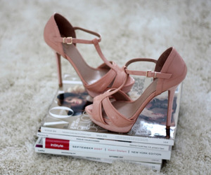 fashion, vogue, and high heels image