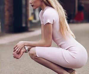 pretty girl blond image