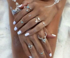 nails white, 🌺, and 🌼 image