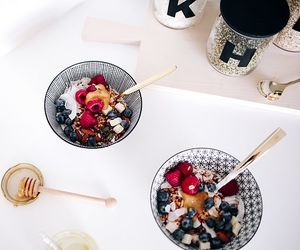 breakfast, delicious, and fashion image