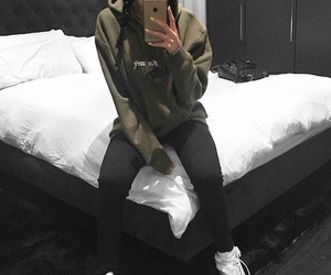 style, outfit, and madison beer image