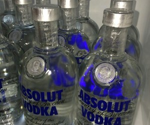 vodka, alcohol, and drink image