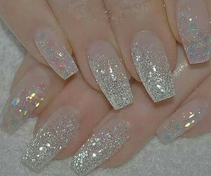 cristal and nails image
