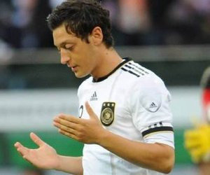 mesut Özil and germany image