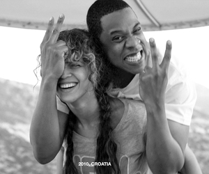 jay z, twin, and pregnant image
