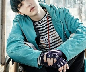 wings, big hit, and suga image