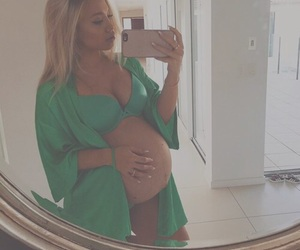 pregnancy and tammy hembrow image