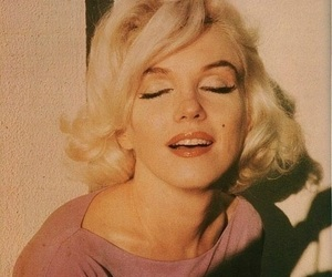 Marilyn Monroe, vintage, and pink image