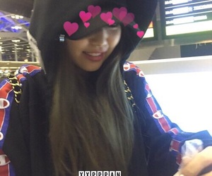 jennie, blackpink, and airport image