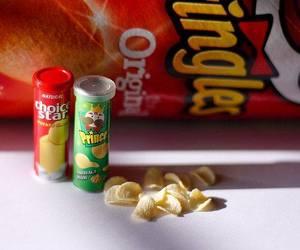 pringles, food, and miniature image