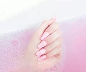 nails, pink, and bath image