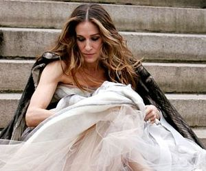 sarah jessica parker, sex and the city, and Carrie Bradshaw image