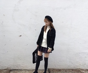 aesthetic, beret, and clothes image