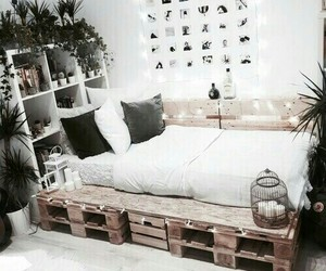 bedroom bed home decor image