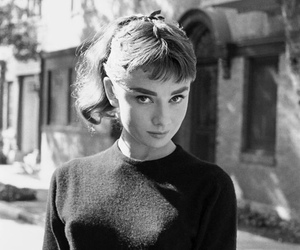 audrey hepburn and black and white image