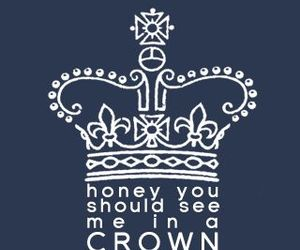 crown and wallpapers image