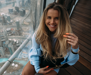 blonde, Dubai, and nails image