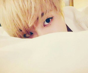 bed, youngjae, and blonde image