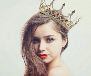 girls, princess, and تاج image