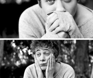 jeremy allen white, lip gallagher, and black and white image