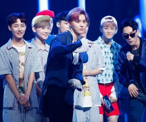 Chen, nct, and chenle image