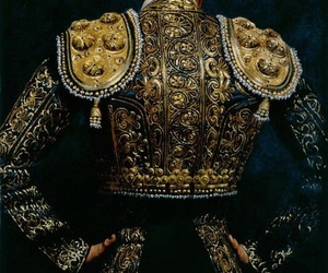 gold and royal image