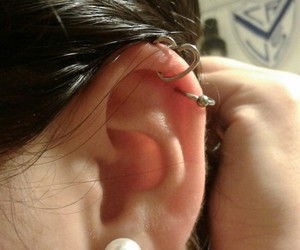 accesories, earring, and earpiercing image