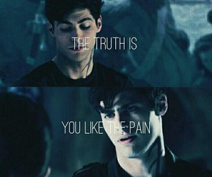 alec, matthew daddario, and shadowhunters image