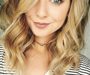 zoella, blonde ombre, and youtuber image