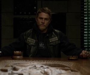 Charlie Hunnam, president, and sons of anarchy image