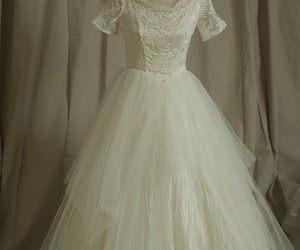 lace, pretty, and vintage wedding dress image