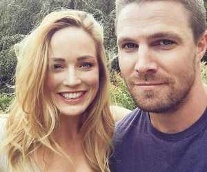 arrow, stephen amell, and caity lotz image