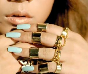 rings swag girls image