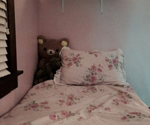 bedding, vintage, and crybaby image