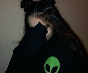 girl, alien, and grunge image