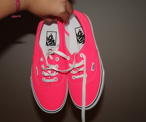 vans and vans off the wall image