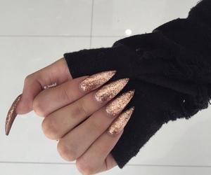 beige, fashion, and glitter image