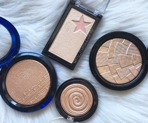 eye shadows, perfection, and goals image