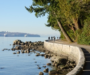 canada, turismo, and seawall-at-stanley-park image
