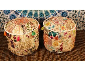 pillow and poufs image
