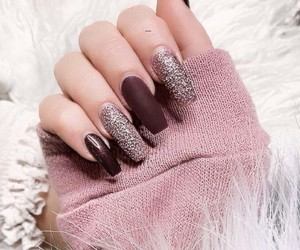 nails, outfit, and accessories image