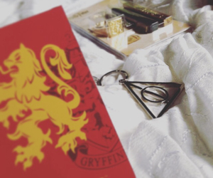 deathly hallows, gryffindor, and harry potter image