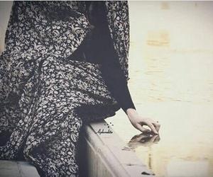 hijab, ايرانية, and iran image