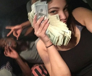 money and couple image