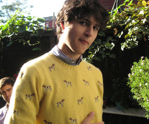 Ezra Koenig, vampire weekend, and yellow image