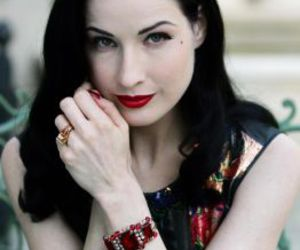 Dita von Teese, sexy, and beauty image