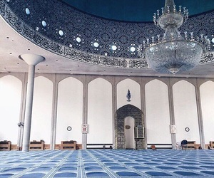mosque, islam, and muslim image