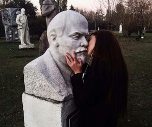 girl, lenin, and kiss image